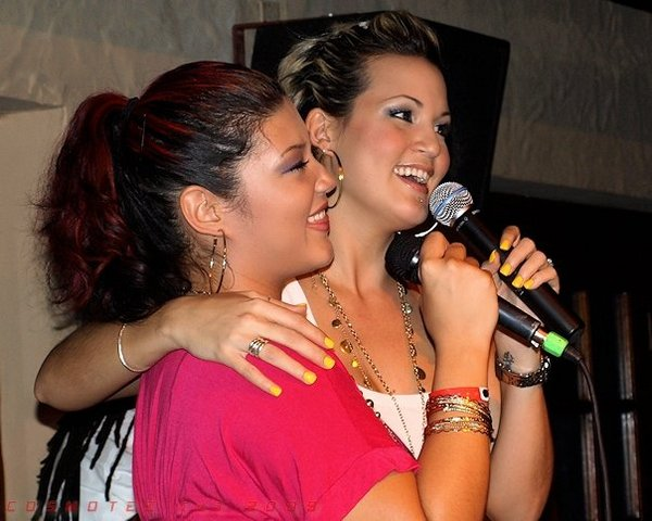 Sisters Tami Chynn  amp  Tessanne ChinTessanne Chin Father