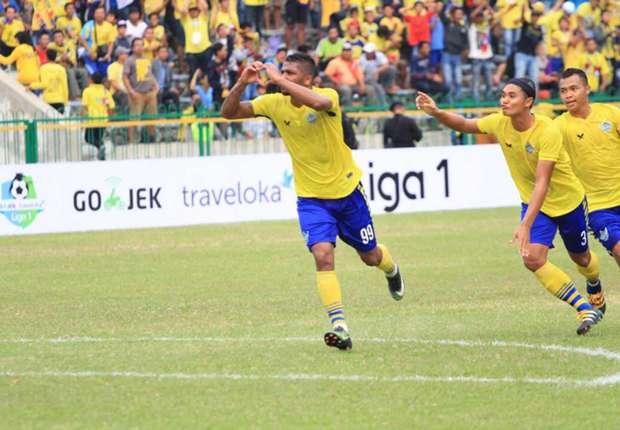 Gresik United vs Madura United