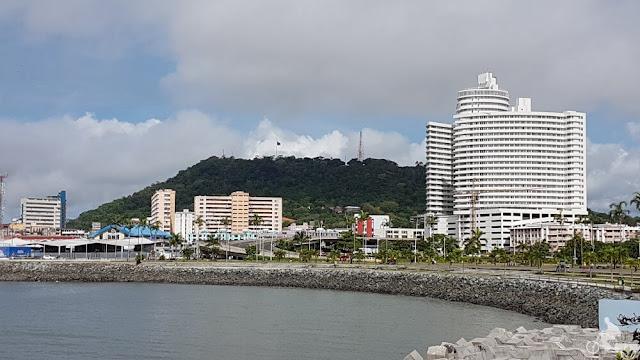 cerro ancon desde casco viejo panama