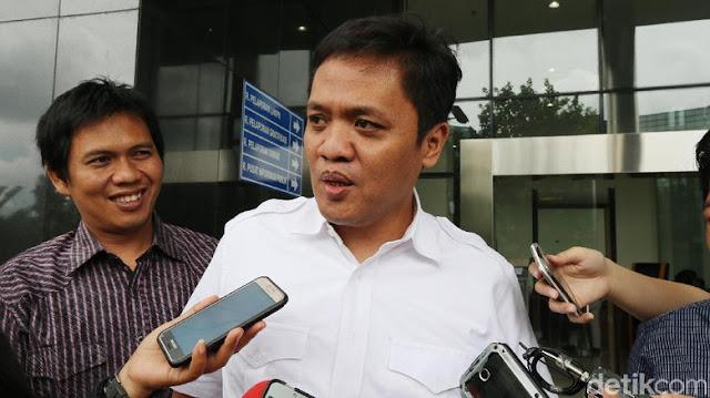 Kritisi soal THR PNS, Habiburokhman: Solusinya #2019GantiPresiden
