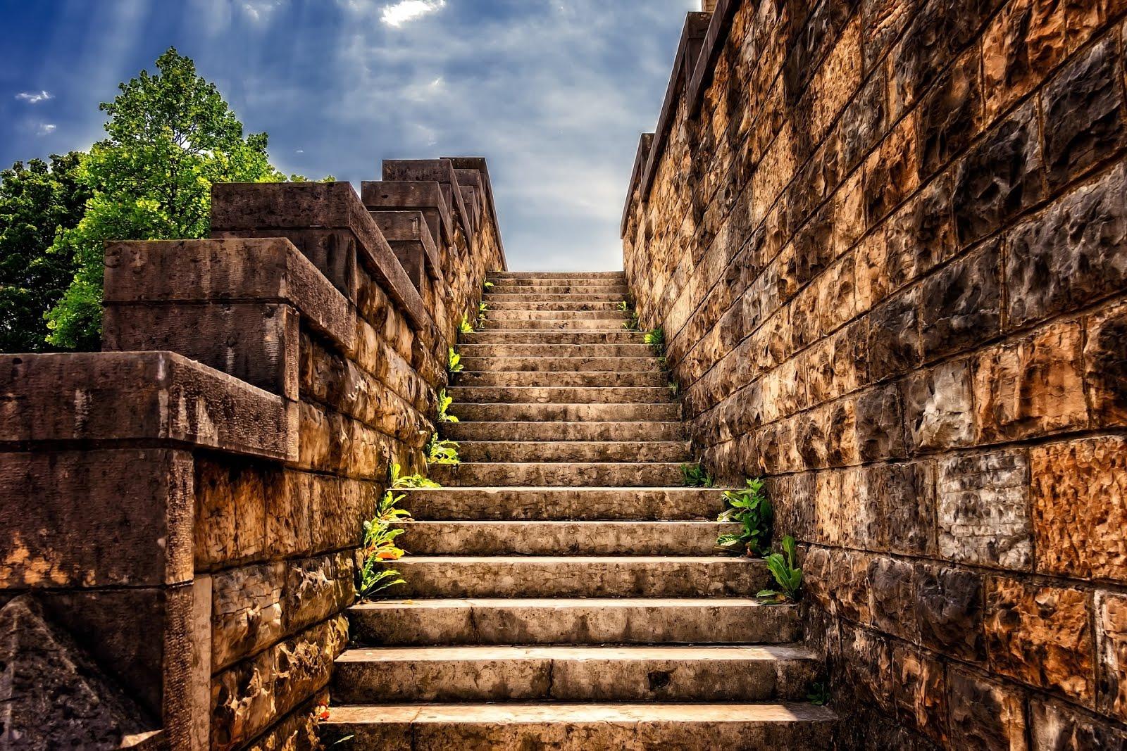 Neville Goddard y la lección de la escalera