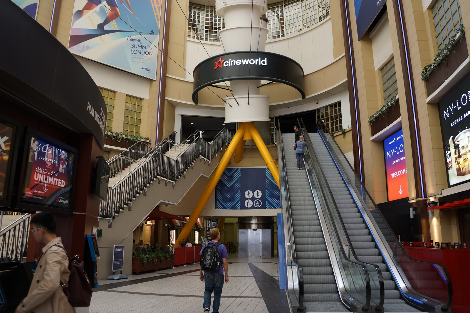 cineworld escalators at the o2