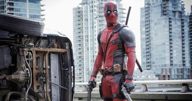 Deadpool y Ryan Reynolds en los Globos de Oro