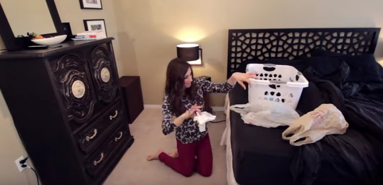 How to clean a messy room in just 30 minutes handy diy for How to deodorize a room