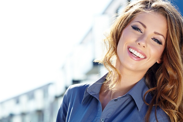 Inilah 8 Tips untuk Tetap Cantik di Perjalanan, Mudah dan Praktis!