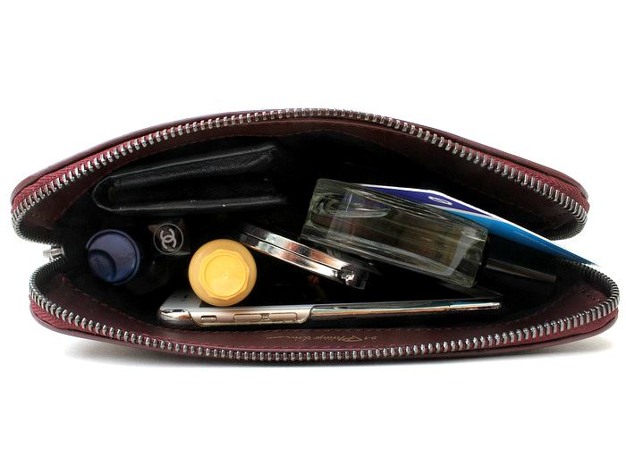 onelittlevice handbag blog: what fits into designer clutch bags