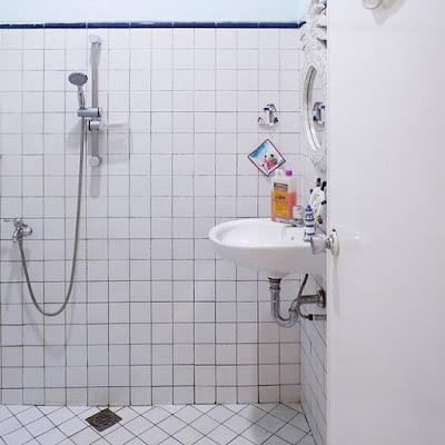 kamar mandi sederhana batu alam
