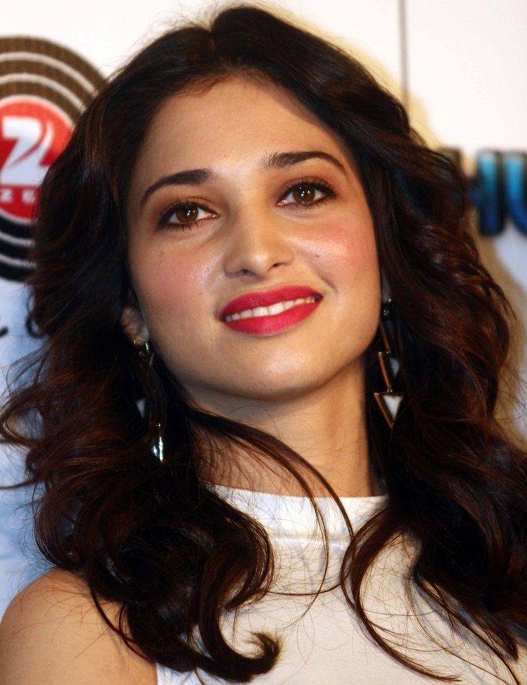 Tollywood Actress Tamannaah Oily Face Close Up Stills