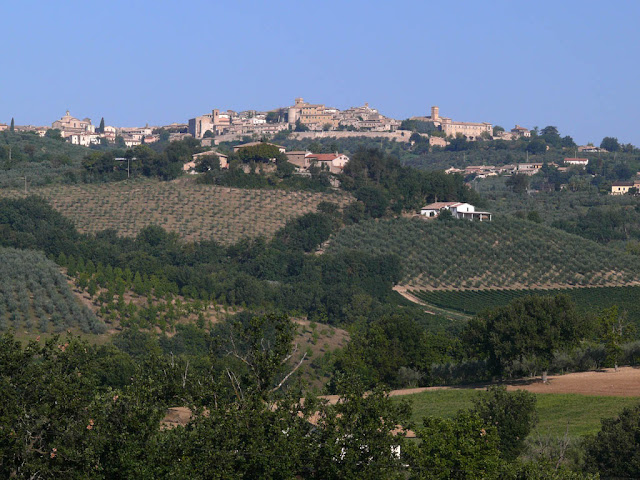 Visitar Montefalco em um dia
