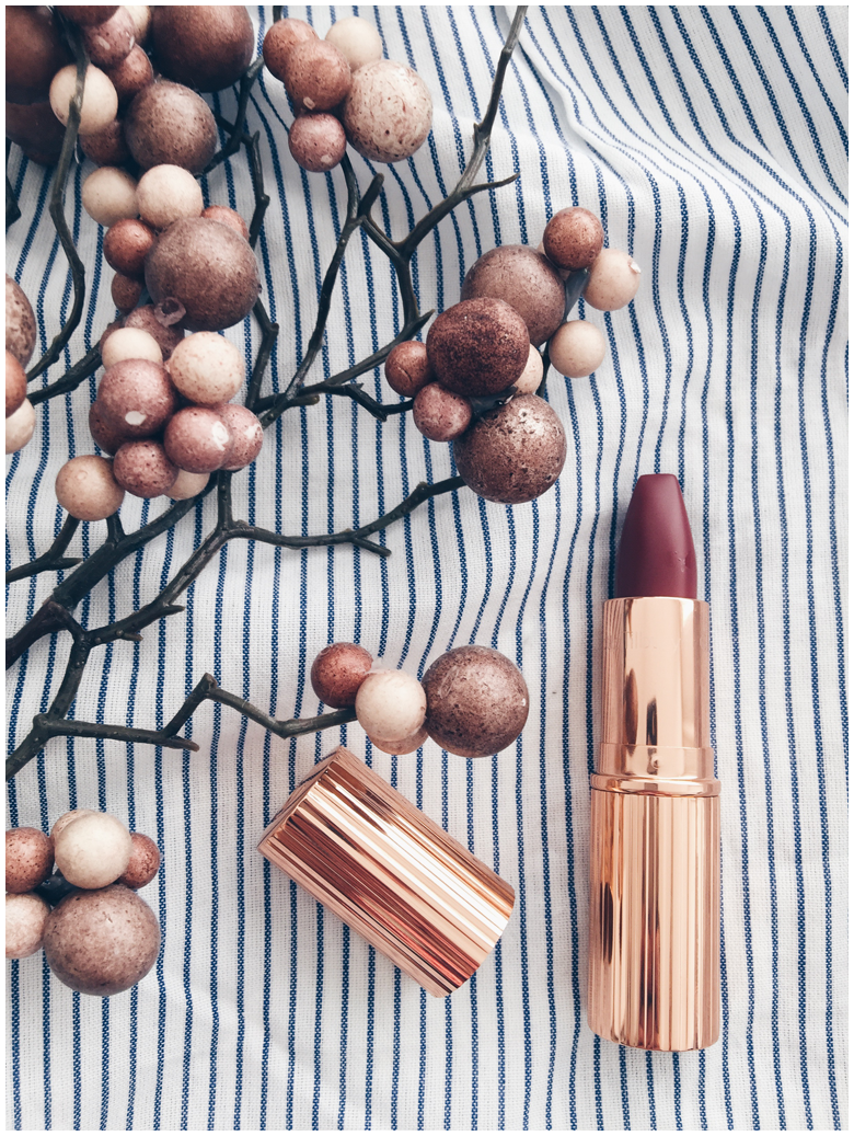 charlotte tilbury beauty products, so marilyn and bond girl lipsticks, review