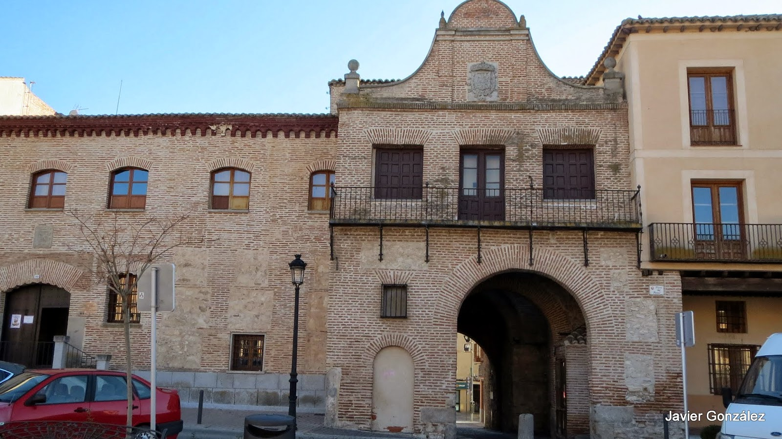 La Ruta de Isabel. Arévalo. Arco de Alcocer