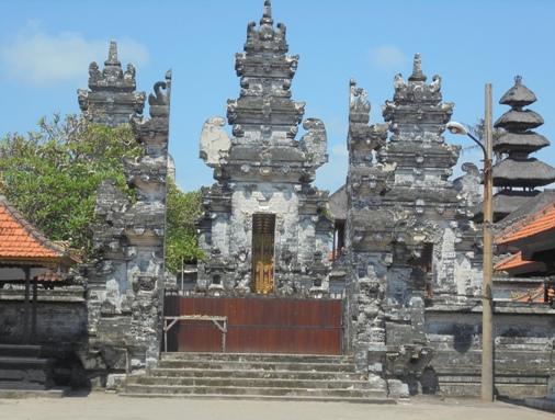 Batu Bolong Temple Canggu, Pura Batu Bolong Canggu