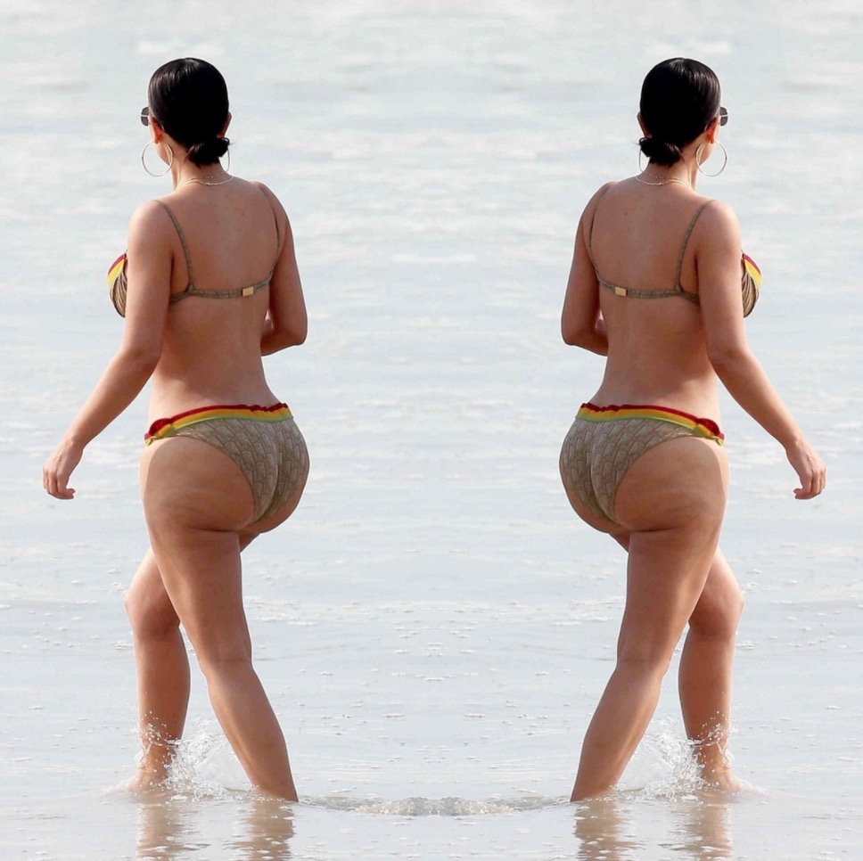 Kim Kardashian Showed Off Some New Photos Of Herself In Mexico Footbasket