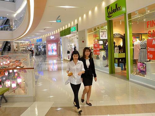Ngành bán lẻ nội chênh vênh vì những đại siêu thị