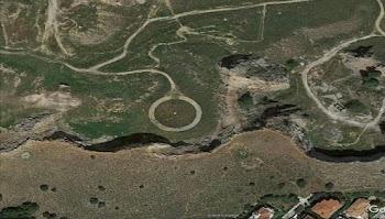 2d1920400a Η μυστηριώδης κυκλική δομή στα Τουρκοβούνια!!! (photos)