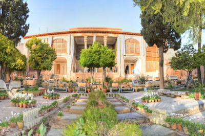 Situated on the slopes of the Chehel Magham Mountain, close to the northern entrance of Shiraz, Tekyeh-ye Haft Tanan is one of the many interesting buildings built in Zand period, in an elevated and wooded area from where you can get a nice perspective of the city