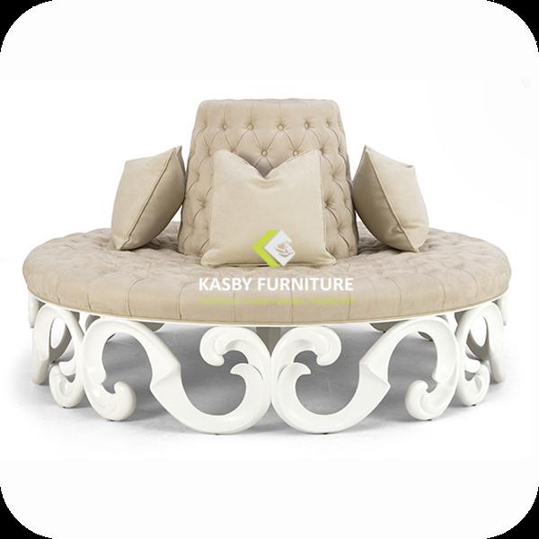 Sofa atau kursi Lingkar klasik mewah ini  . di buat dengan  material kayu mahoni dan juga pilihan kayu mahoni berkualitas .dan fabric, dan mebel jepara ini terlihat klasik tapi berkesan  mewah dan elegant sangat cocok di tempatkan di ruang  studio Dekorasi wedding atau sofa ini bisa juga untuk diletakkan  ruang tunggu   . Untuk melihat model yang lain untuk perlengkapan dekorasi , silahkan anda lihat detail disini. Jika hanya mencari Model Sofa saja silahkan buka disini.