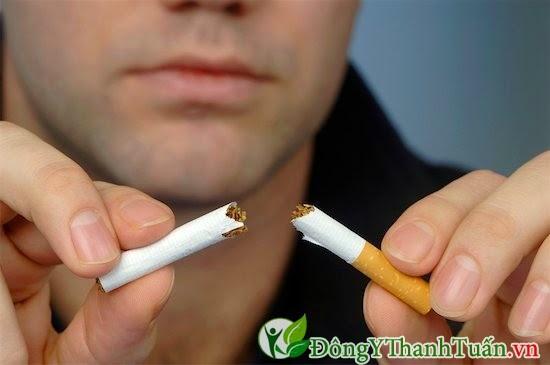 Bỏ hút thuốc giúp giảm hôi miệng