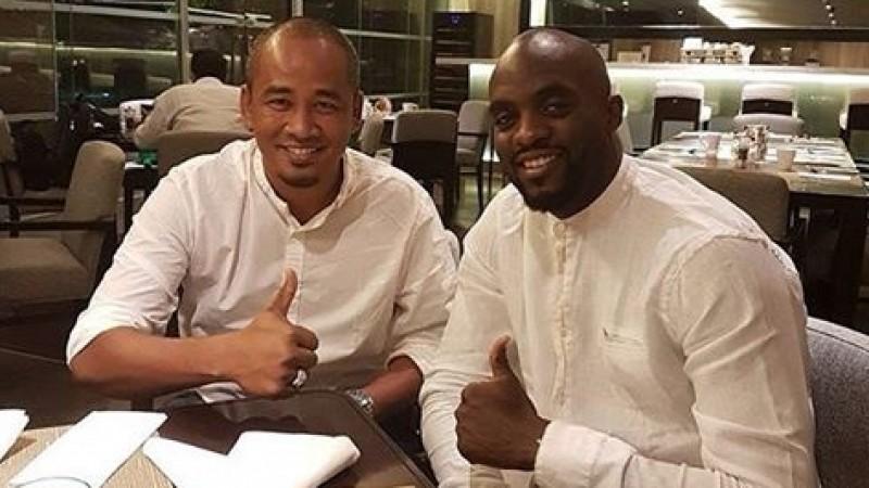 Mohamed Sissoko (kanan), resmi bergabung dengan Mitra Kukar