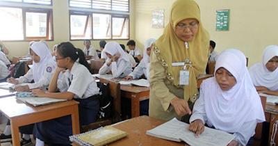 Kesesuaian mata pelajaran yang diampu dengan sertifikat pendidik berdasarkan Peraturan Menteri Pendidikan Dan Kebudayaan No 46 Tahun 2016