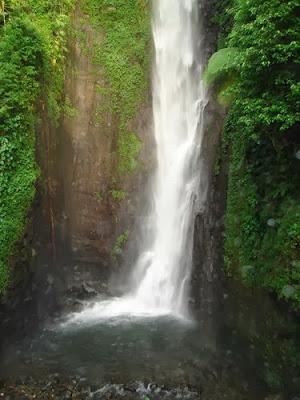 Tempat wisata Air Terjun Putuk Truno pasuruan