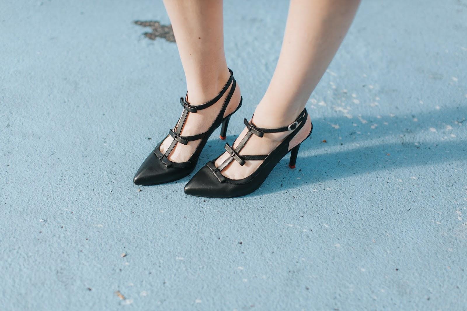Bow Heels, Ssh-oes, High Heels