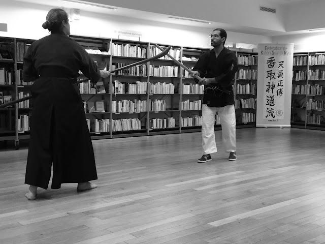Garde et vigilance, naginata contre ken