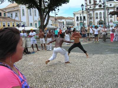 Danza copoeia, Salvador de Bahía, Brasil, La vuelta al mundo de Asun y Ricardo, round the world, mundoporlibre.com