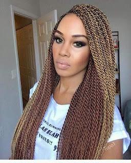 Trenzas africanas cabello rubio