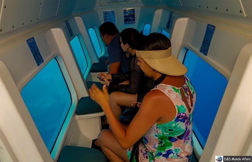Interior do Semi-Submarino - o que fazer em Bonaire