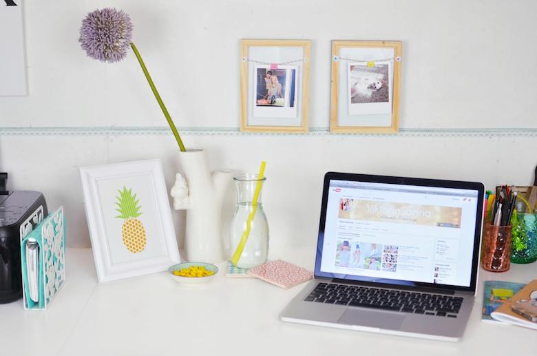 viktoriasarina schreibtisch umgestalten dekorieren. Black Bedroom Furniture Sets. Home Design Ideas