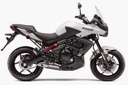 Kawasaki Versys 650 di banderol Rp 159 juta.