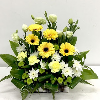 condolence flowers | funeral flowers Singapore