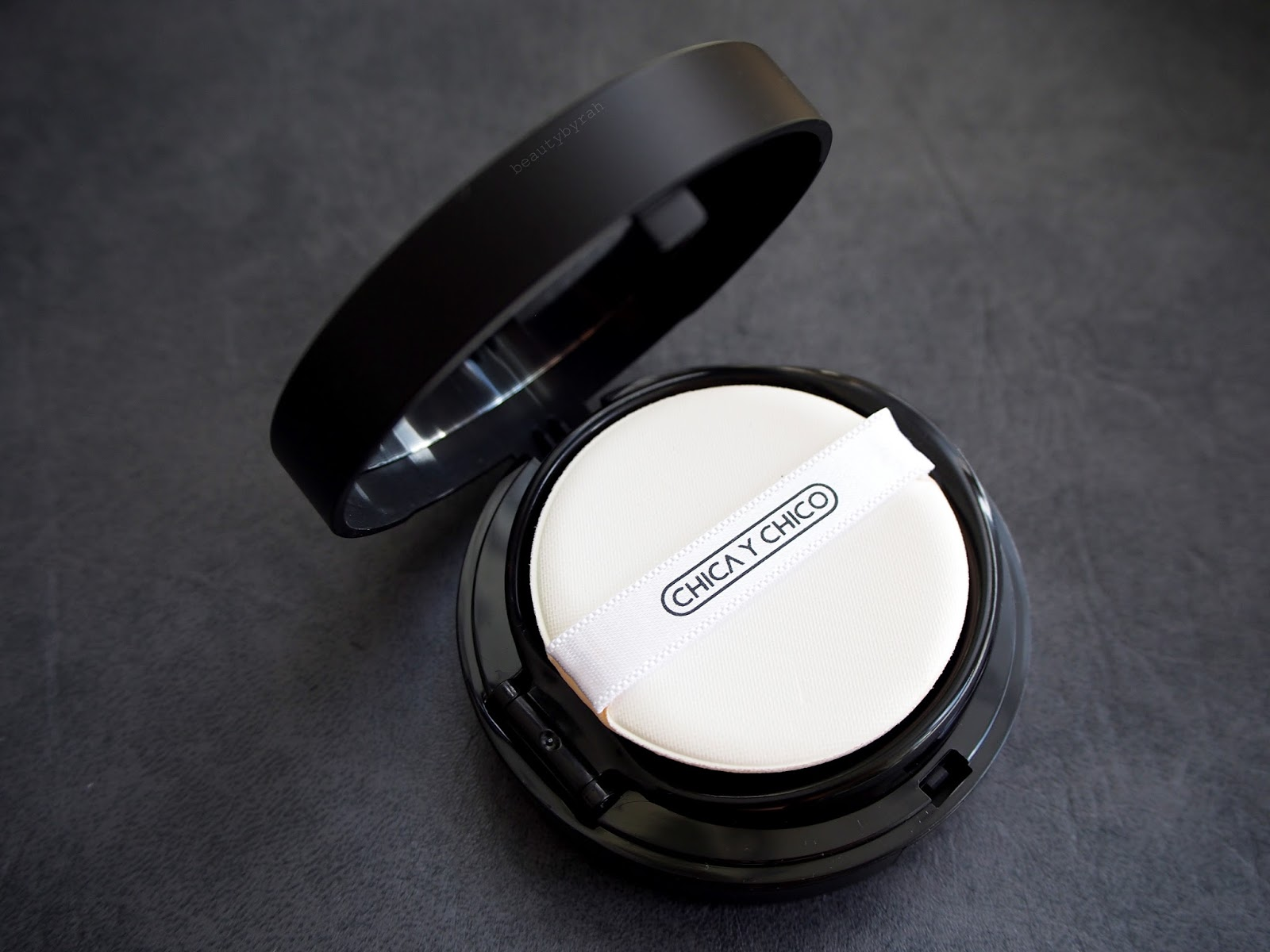Chica Y Chico Matt Cushion Review
