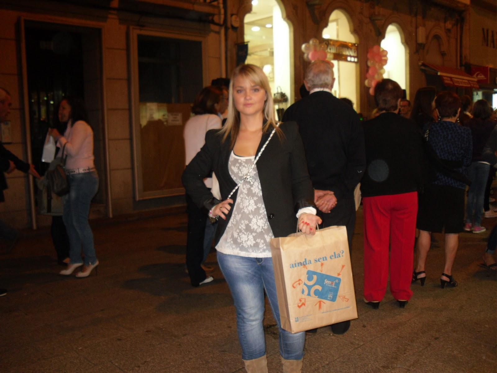 Otras áreas para chicas cerca de A Coruña en Ferrol ⇵