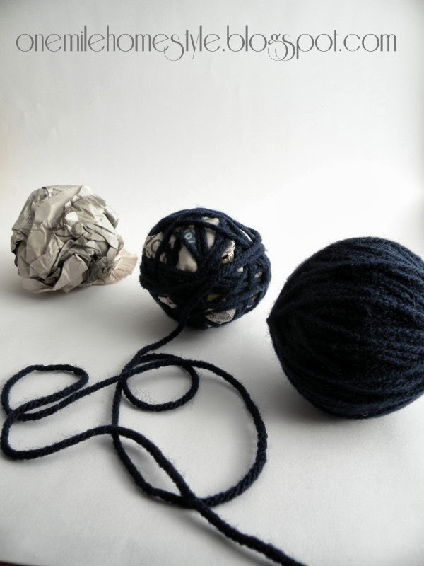 Making Yarn Ball Vase Filler with Newspaper