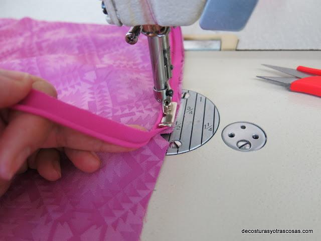 como coser vivo con prensatelas guiacantos