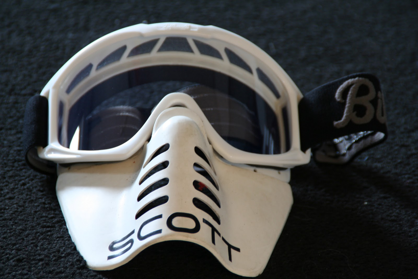 bdc87f403f1 Oakley Face Mask « Heritage Malta