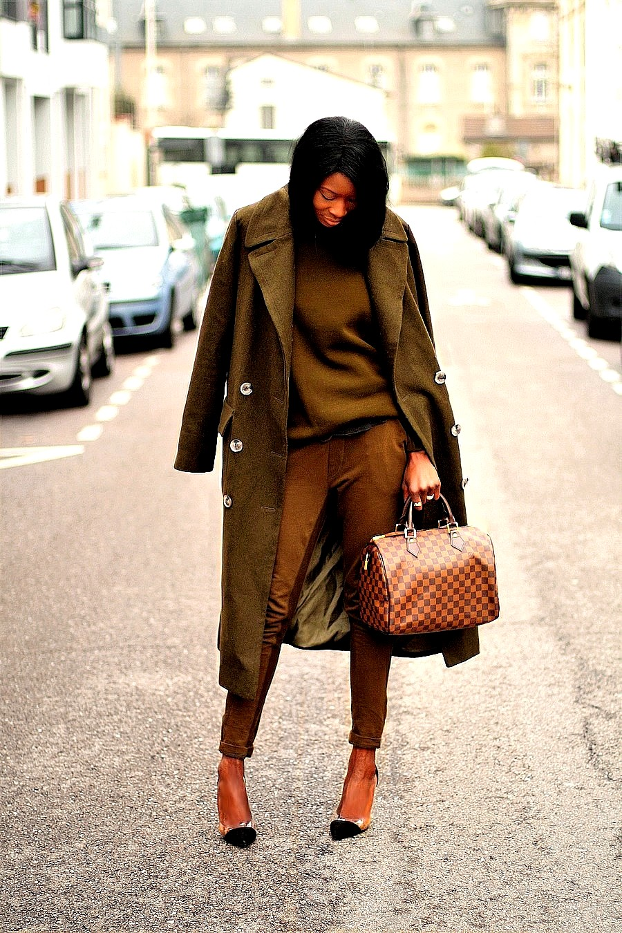 idee-look-kaki-blogueuse-mode