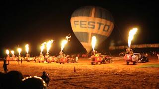 Hue Hosts Hot Air Balloon Festival 2016