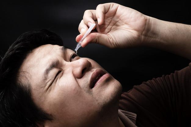 Memakai Obat Tetes Telinga dan Mata, Membatalkan Puasa?