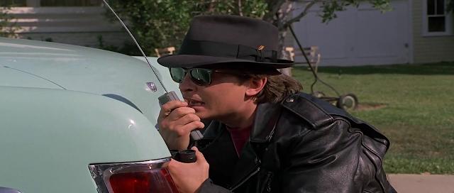 Back To The Future Part II 1989 Full Movie 300MB 700MB BRRip BluRay DVDrip DVDScr HDRip AVI MKV MP4 3GP Free Download pc movies