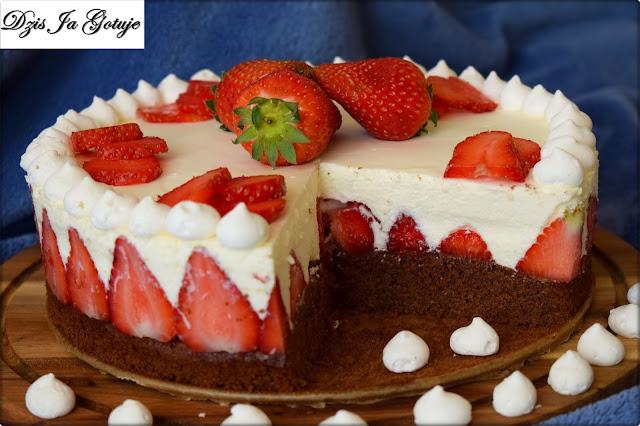 Ciasto Truskawkowe ze Śmietaną