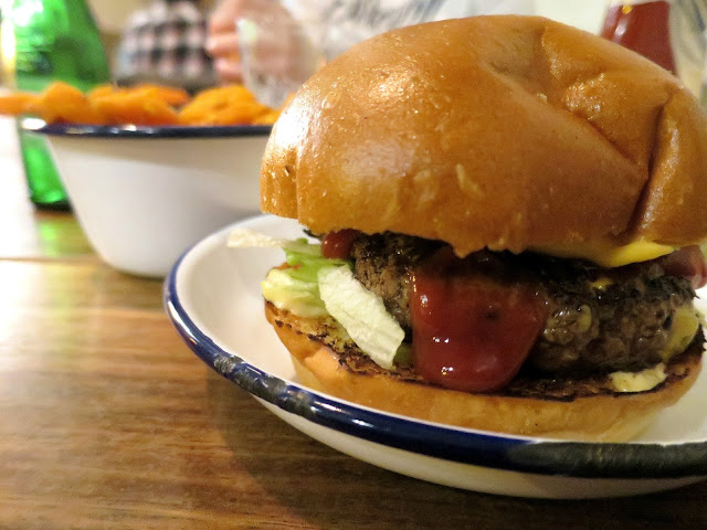 6oz Burgers Restaurant Southsea American Cheese