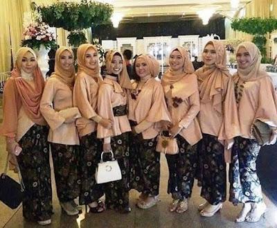 Seragam batik pesta dan resepsi pernikahan