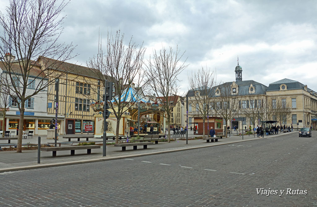 Troyes-Place-Maréchal-Foch