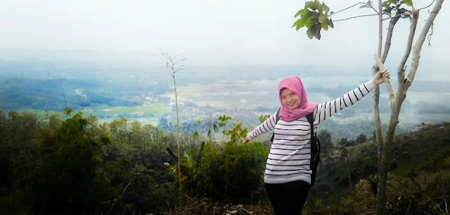 Gambar Pasir Jati Ground Hill