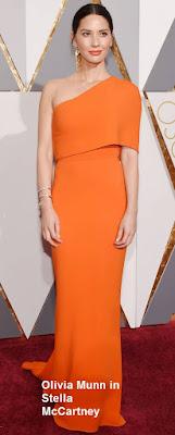 Olivia%2BMunn%2Bin%2BStella%2BMcCartney - Look Óscares 2016