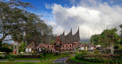 Liburan Sambil Belajar Di Wisata Budaya Minang village