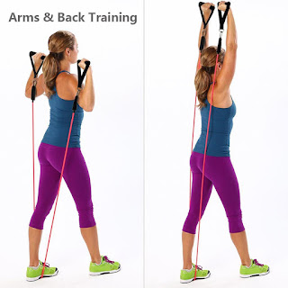 Girl-skipping-for-arms-and-back-training